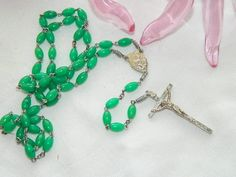 Vintage Kelly Green Celluloid Beaded Sacred Heart  Rosary