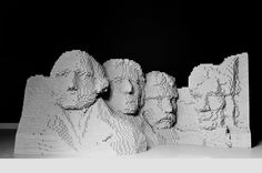 Nathan Sawaya - Sculptures en Lego - Mont Rushmore - George Washington, Thomas Jefferson, Theodore Roosevelt et Abraham Lincoln Mont Rushmore, Lego Sculptures, Sculpture Art, Photomontage, Caricatures, Collages, Lego For Kids, Lego Toys, Cool Lego Creations