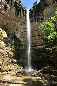 Hemmed In Hollow Falls Arkansas Waterfalls Vacations Alachian Trail Mountains