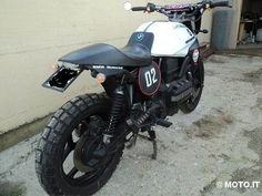 k 75 234521108859709107999802 - 4 (© Moto.it)