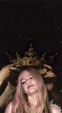 Avril Lavigne edits by avrillavignefansofficial Punk Rock Princess, Emo Princess, Princesa Punk, Avril Levigne, Best Female Artists, Rock Queen, Elizabeth Gillies, Pop Punk, I Icon
