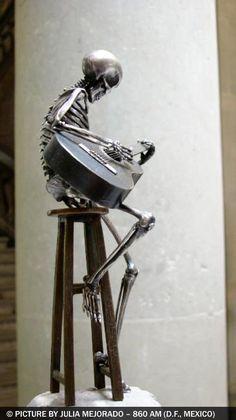 """208 OSEOsidades"" by Saúl Hernández"