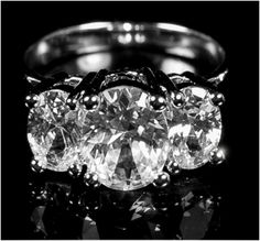 Jucinda Three Stone Oval Engagement Ring   4ct   Cubic Zirconia   Sterling Silver - Beloved Sparkles  - 1
