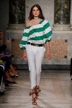 Sfilata Blugirl Milano - Collezioni Primavera Estate 2016 - Vogue