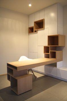 alternate desk idea ... bookcase. shelving. Filip Janssens