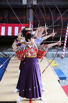 toh-shiya-sanjusangen-do-kyoto_01