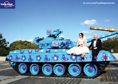Rahul Sarda is one lucky person. He captured a newly-wed posing on a tank that was on display among the other ex-Soviet #military hardware.