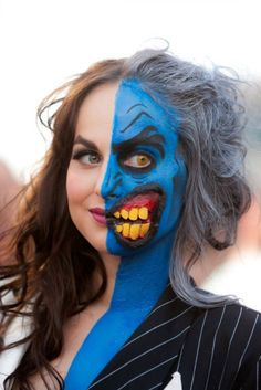 Proof that Slave Leia isn't the only option anymore! Awesome Two-Face Lady. halloween is nearing
