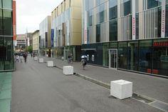 Lausanne Flon Lausanne, Anna, Switzerland, Street View, Reading, Books, Pictures, Beautiful, Livros