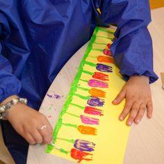 Tulpen stempelen met een vork @Onderbouwd KlasseWerk KlasseWerk