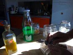 ▶ Como quitar etiquetas difíciles y pegamentos de botellas y frascos de cristal al reciclar vidrio - YouTube