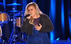 """Kelly Clarkson covered Nick Jonas' """"Jealous"""" during her concert at New York's Radio City Music Hall last Thursday, but fans remain enamored with Clarkson's version."""