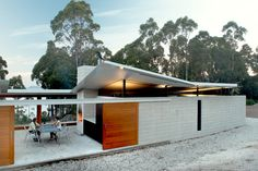 roofline idea for Container home...Woodbridge Residence, Woodbridge by Liminal Studio