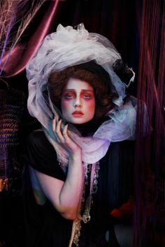 Lottie Stannard - makeup artist