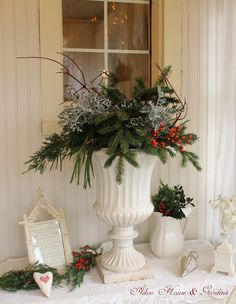 Aiken House & Gardens: A Sunroom Christmas Tea