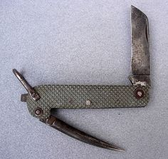 Joseph Rodgers & Sons Sheffield Navy Clasp Knife. WWII military issue.
