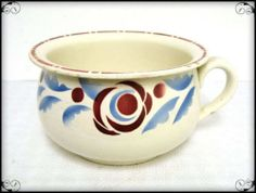 Un ancien pot de chambre vase bol de nuit n0 email - Curieux comme un pot de chambre ...
