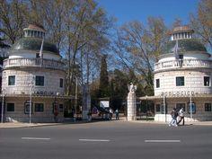 Jardim Zoologico de Lisboa. It's like a zoo and sea world combined!