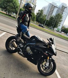 #bmw #s1000rr #black #motorcycles