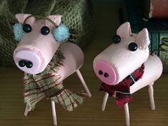 Items similar to Wine Cork Pig on Etsy - alexandra Wine Craft, Wine Cork Crafts, Wine Bottle Crafts, Wine Bottles, Wine Cork Projects, Craft Projects, Wine Cork Art, Wine Corks, Wine Cork Ornaments