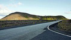 Islândia não termina estrada para não destruir habitat dos elfos  http://gagicrc.com/media/noticiasgeral/islandia-nao-termina-estrada-para-nao-destruir-habitat-dos-elfos/
