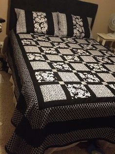 Black and white queen quilt