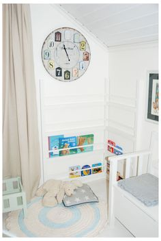 DIY build kids bookself