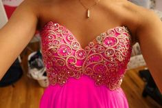such a beautiful dress, i love the gold detail <3