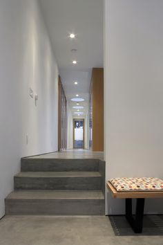 Modern entryway inspiration for your home. Concrete Stairs, Concrete Floors, Door Design, House Design, Residential Building Design, Door Picture, Long Hallway, Modern Entryway, Cool Doors