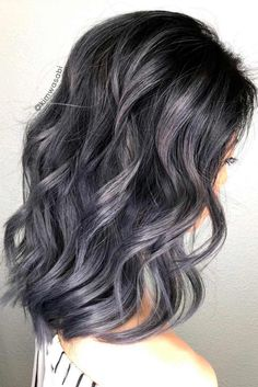Discover all the fifty shades of silver ombre hair. Get in touch with the recent trend of beauty world and become a part of it. Our ideas will inspire you.