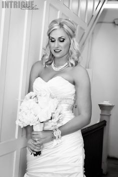 Absolutely BREATHTAKING bride!!  Photography by: Intrigue Studio www.Intrigue-Photography.com