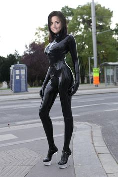 Gorgeous latex catsuit. The photo is a total fake, note the clumsily photoshopped Tardis and the cut and pasted head of the Doctor's assistant.. But who cares.. Still a latex catsuit at the end of a day