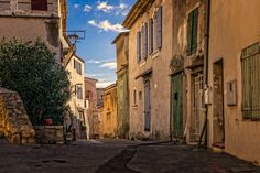 The Ultimate Europe Bucket List – 30 Reasons to visit Europe – The Globetrotter GP – Dizi Filmler Burada Landscape Photography Tips, Hobby Photography, Weekend France, Fauna Marina, Europe Bucket List, French Style Homes, Surface Habitable, European Home Decor, Living Off The Land