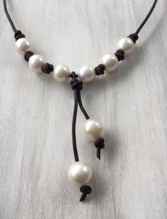 Leather pearl necklace #jewelry #accessories #necklace #giftideas #etsy #etsyseller #handmade #smallbusiness #giftforher #mothersday #gift