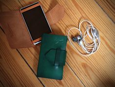 Leather Phone Wallet Phone Case Leather iPhone Case por Ludena