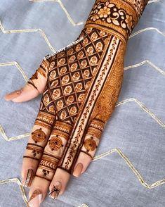 Mehndi Designs Feet, Latest Bridal Mehndi Designs, Stylish Mehndi Designs, Modern Mehndi Designs, Henna Art Designs, Mehndi Designs For Girls, Mehndi Designs For Beginners, Mehndi Design Photos, Wedding Mehndi Designs