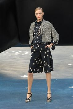 Chanel Spring 2008 Ready-to-Wear Collection Photos - Vogue