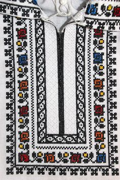 Hand Embroidery Dress, Embroidery On Kurtis, Kurti Embroidery Design, Cross Stitch Embroidery, Diy And Crafts, Christmas Crafts, Punto De Cruz, Dots, Cross Stitch