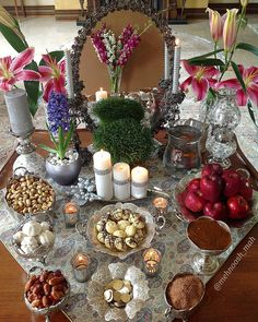Just days ahead of the Persian New Year or Nowruz, Iranian people from all walks of life begin to make home-made cookies as part of a traditional custom. Iranian New Year, Haft Seen, New Year Table, Tehran Iran, New Year Designs, Persian Culture, Easter Egg Crafts, New Years Decorations, A Table