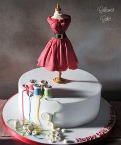 Dressmakers Dummy - Cake by Callicious Cakes Pretty Cakes, Cute Cakes, Beautiful Cakes, Amazing Cakes, Cake Icing, Fondant Cakes, Eat Cake, Cupcake Cakes, Sewing Machine Cake