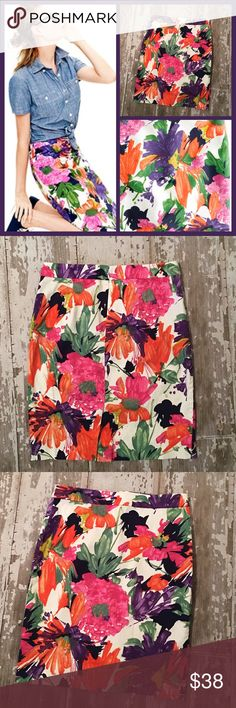 🎉SALE PRICE🎉Today Only! 🌺J. Crew Floral Skirt ☀️NEW LISTING☀️ Beautiful J. Crew Pencil Skirt in Garden Floral Print. Stunning print!💜 Perfect for spring time, Easter outfit maybe?💛 Great PreOwned Condition/ No flaws noted. If you have ??'s please ask! Thanks for looking ‼️ J. Crew Skirts Pencil