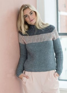 Great idea for a top down raglan sweater. rib with 3 colors; dark slate blue, light slate blue (MC) and off white. Cardigan Pattern, Sweater Knitting Patterns, How To Purl Knit, Knit Crochet, Knitwear, Sweaters For Women, Turtlenecks, Knits, Fashion