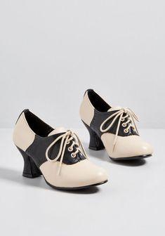 56f5736809de Sentimental Support Oxford Heel Black Oxford Heels Outfit