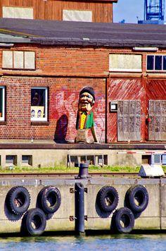 https://flic.kr/p/x6ziTe | Lübeck en août 2015 - 117 Media Docks