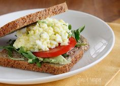 Skinny Low-Yolk Egg Salad - What to do with all your leftover Easter eggs? Make this easy guiltless egg salad made with mostly egg whites and scallions. Serve this on your favorite whole Healthy Egg Salad, Healthy Snacks, Healthy Eating, Healthy Recipes, Ww Recipes, Skinnytaste Recipes, Burger Recipes, Food Network, Great Recipes