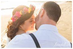 super Ideas for simple beach wedding sunset Simple Beach Wedding, Sunset Wedding, Hawaii Wedding, Winter Wedding Destinations, Destination Wedding Locations, Wedding Venues, Wedding Ideas, August Wedding Colors, Flower Headpiece Wedding