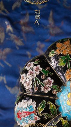 Chinese Culture, Chinese Art, Chinese Embroidery, Qing Dynasty, Stitches, Dots, Stitch, Knitting, Embroidery Stitches