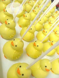 These ducky-shaped cake pops are the perfect addition to your baby shower.