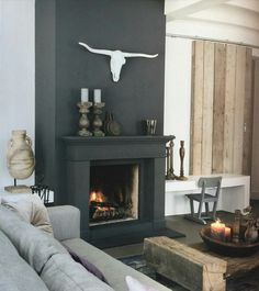 Black fireplace / zwarte openhaard