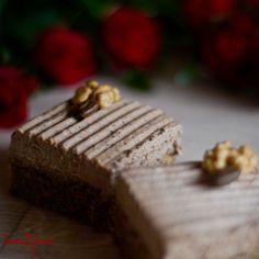 Koláč s vlašskými ořechy a kávovým krémem Recipes, Recipies, Recipe
